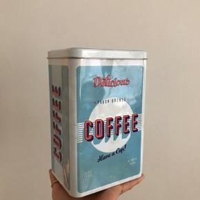Fin retro dåse / opbevaring til kaffe eller andet ☕️   🌍 Afhentes på Vesterbro  💌 Sender gerne