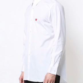 XL hvid skjorte.. som ny, kun brugt to gange