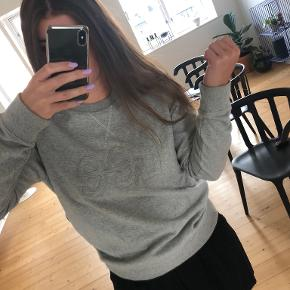 Lee Jeans sweater