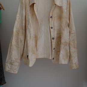 Vintage blazer/sommerjakke Er lidt oversize.