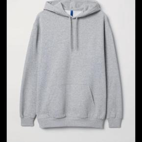 Grå hoodie / hættetrøje fra H og M. Gratis fragt i ferien, for køb over 100 kr