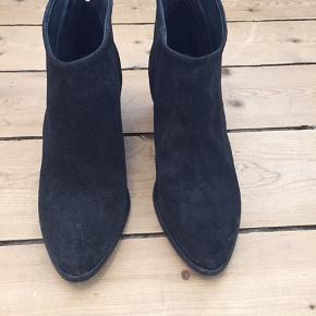 Virkelig fed sort støvle