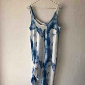 Fed kjole med batik