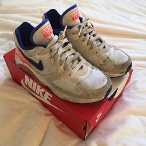 Nike 180 sneakers, original colourway. Used but in decent condition, DKK 250,- or best offer