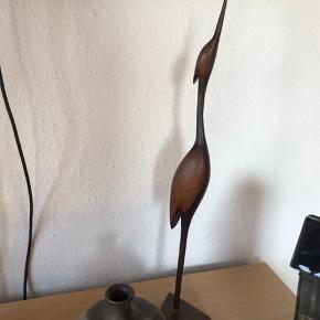 Skøn mørk træ trane , 55 cm høj   Randers nv ofte Århus Ålborg København mm Til salg på flere sider