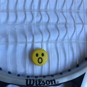 """Byd """"wilson six. one comp"""" tennis ketcher sælges, da jeg er stoppet til tennis"""