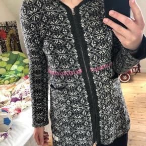 Odd Molly cardigan/sweater