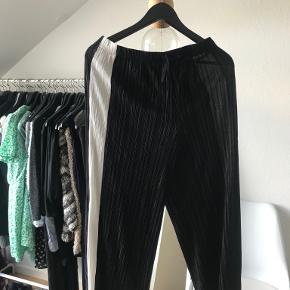Plisserede bukser, som nye