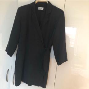 Sød jakke med 3/4 ærmer :)