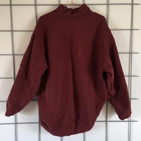 Oversize sweater fra Moss Copenhagen 🌹🌹  En størrelse xs, men meget stor i størrelsen.