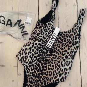 Ganni badetøj & beachwear