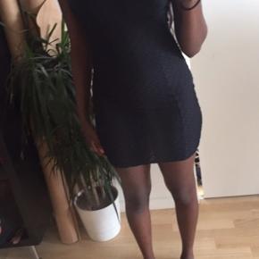 Sød kjole fra Club L, aldrig brugt. Kom med et bud, sælges billigt 🌸