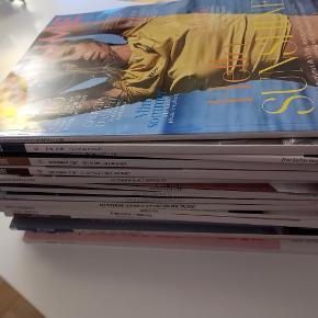 Forskellige blade sælges samlet. Byd :)