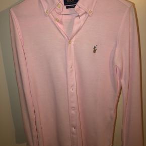 Blød polostof skjorte fra Ralf Lauren. BYD!!