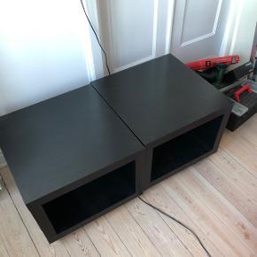 To styk fine sorte rulleborde fra IKEA. Brugt som sofabord, natbord mmFine i stand med få brugsspor