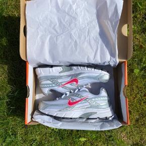 Nike initiator Aldrig brugt Størrelse 39 Original boks medfølger