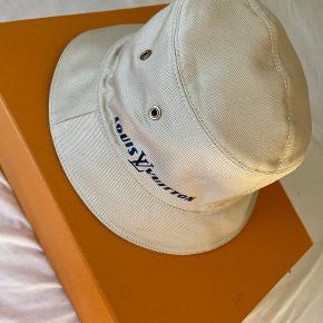 Louis Vuitton Hat & hue