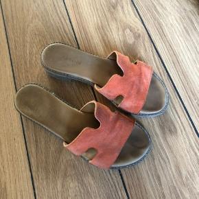 Creton sandaler