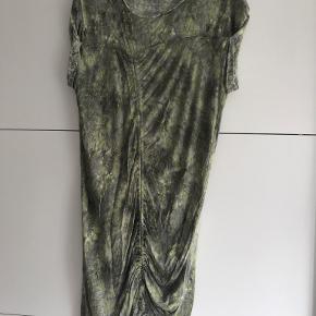 By Zoé kjole