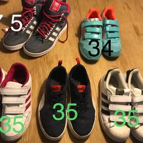 Str 35 og en enkelt 34.  De lyse blå er helt nye. Også adidas støvler ( 37.5)  Byd.
