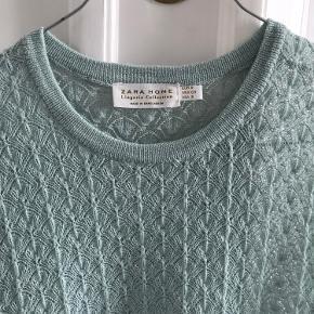Rigtig fin lyseblå strikket vest fra Zara Home