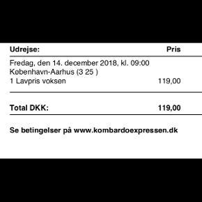 Sælger busbillet fra Kbh til Aarhus med Kombardoexpressen på fredag d. 14. dec, afgang kl 9 :)