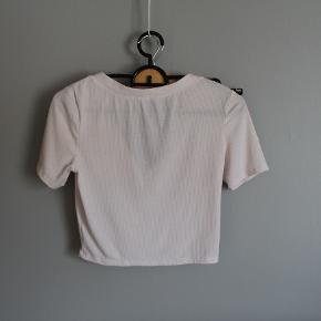 super sød hvid trøje fra h&m.  #30dayssellout
