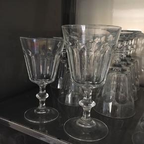 Franske vinglas, 8 rødvin og 6 hvidvin