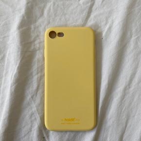 Helt nyt cover fra Holdit sælges, da jeg har fået ny telefon   Farve: Gul Passer Iphone 8  Nypris: 149,-
