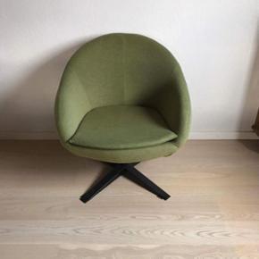 Skøn grønlig stol   Købt i sinnerup np 1300kr  mp 800kr  Meget lidt brugt   Randers nv , Ålborg  Århus København mm