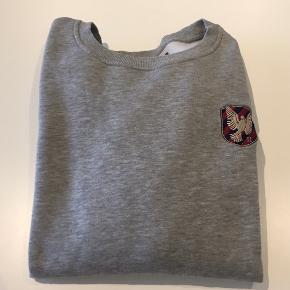 Les Deux sweatshirt Kun brugt ganske få gange! Nypris: 600,- Mp. 140,-