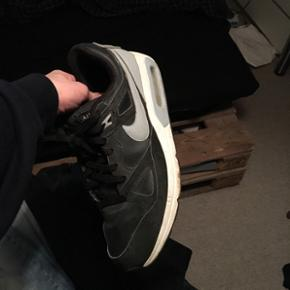 Nike air max Str 44,5 God stand Skal nok gøre dem helt rene inden salg Byd