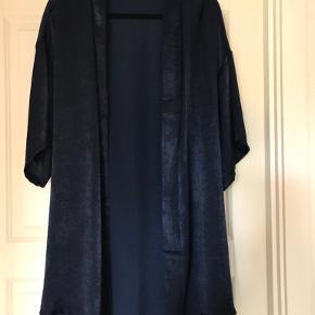Black colour kimono