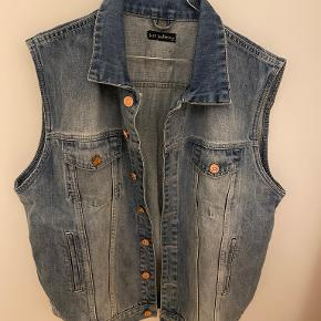 Just Junkies vest