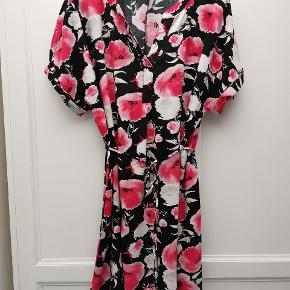 Flot 90'er vintage sommer kjole 90s / 90er / retro / blomster /