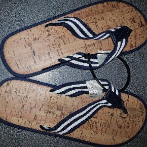 Slippers str 44/45 Aldrig brugt