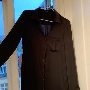 Mørkegrå flot skjorte kjole