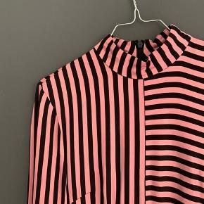 H&M satin kjole💞 Kan sendes eller hentes i københavn