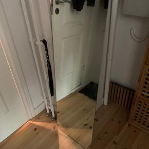 Spejl fra Ikea.  120x40cm Afhentes på Frb