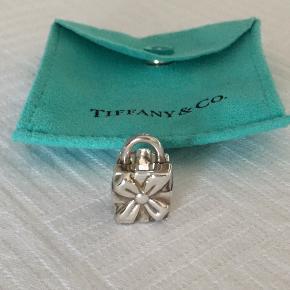 Tiffany & Co. vedhæng & led
