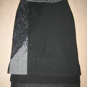 Ze-Ze nederdel