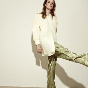 LÏST Store bukser