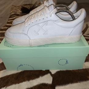 Off-white andre sko