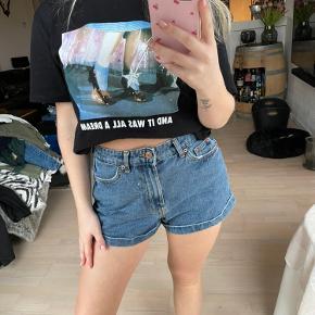 Bershka shorts
