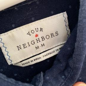 Fed prikket skjorte str M. Købt i Urban Outfitters.