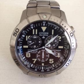 Citizen eco-drive promaster rigtig fint ur med solceller, fri for batteri skift !!! Dog lidt slidt på dykkerskiven