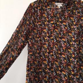 Smuk skjorte fra second female!