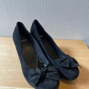 Vagabond heels