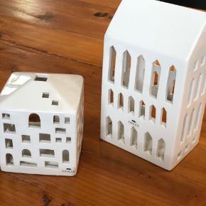 Kæhler lyshuse. Urbania kirke og byhus. Begge med små afslag - se billeder. Designer: Bache og Bendix Becker. Sender med DAO