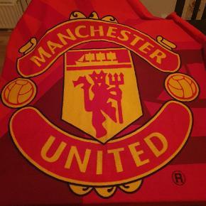 Manchester United tæppe. Kom med bud!